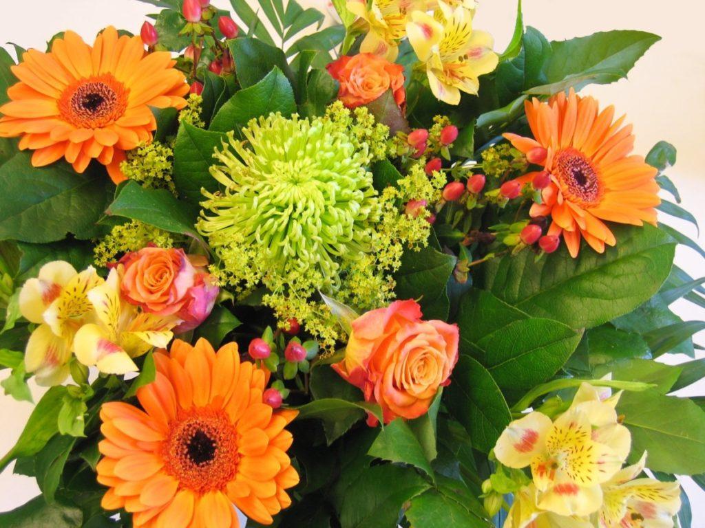 big bunch of flowers 1341108